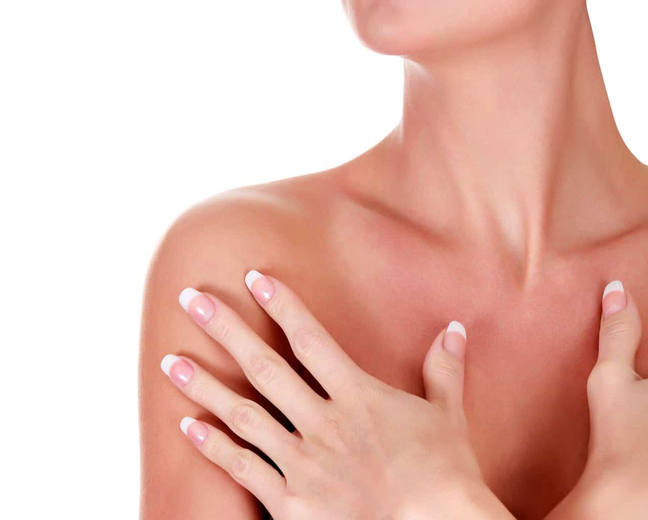 Schmerzen nach Brustvergrößerung: Das sind mögliche Ursachen