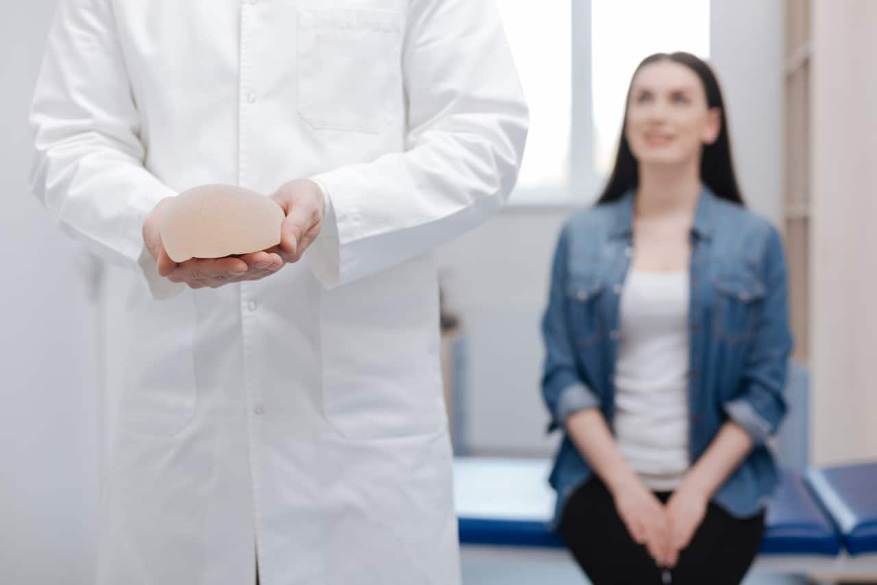 Brustvergrößerung: Tröpfchen oder Rund bei Implantaten?